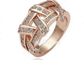 SIZE:8 18K Rose Gold Plate Austrian Crystal SWA Element