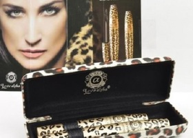 3D Love Alpha Fiber Lashes with Leopard Case