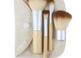 4 Pcs earth friendly bamboo Brush Set
