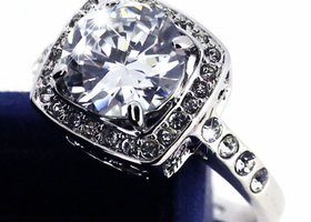 Size 5/6/7  Platinum Plated Princess Cut CZ Ring