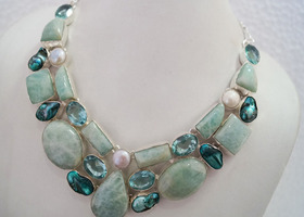 Gorgeous  Necklace  with Genuine Jasper,Quartz & Viva