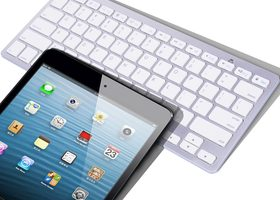 Bluetooth 3.0 Wireless Keyboard for Apple IPad 1 2 3 4