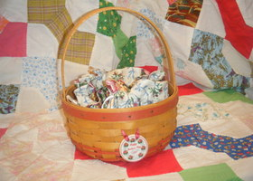 1997 Longaberger Rings & Things Basket
