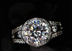 Sz5/6/7/8/9   Gorgeous 18K WGP 1.5-carat Swiss CZ Ring