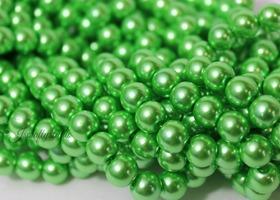 100+ 8mm Kelly Luck o the Irish Green Glass Pearls