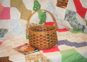 1983 Longaberger Parsley Booking Basket