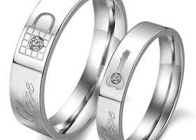 (2 pcs)Stainless steel CZ Key And Lock Love Couple Ring