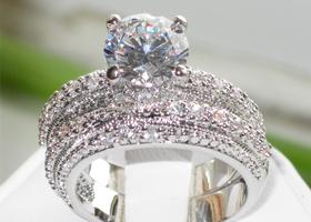Sizes 5,6,7,8,9,10 AAA 1.85 CT Wedding Ring Set