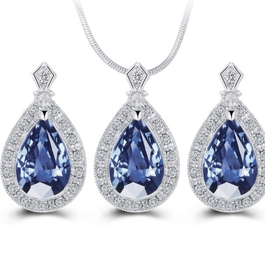 14K White Gold Plated Jewelry Set With Brilliant Blue Crystals