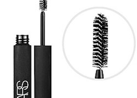 "Nars Larger Than Life Volumizing Mascara ""Black"""
