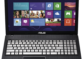 "ASUS Q500A-BSI5N04 15.6"" Notebook - i5 6GB 750GB Win 8"