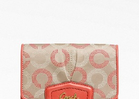 42NWT Coach Ashley Dot Op Art Compact Clutch Wallet