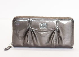 COACH RARE Gray Patent Leather Accordion Zipper Wallet