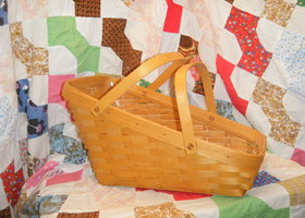 1998 Longaberger Large Vegetable Basket