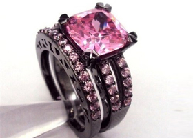 Size7/8/9/10 stunning Pink CZ Black Rhodium Ring