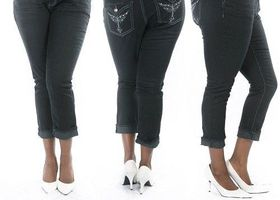 Plus Size Stretchy premium CAPRI denim jeans 12-22