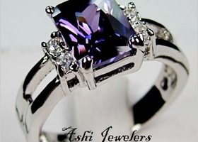 ( 7,8,) Beautiful Amethyst lady's 10KT white GF Ring
