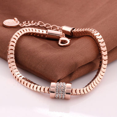 Gorgeous 18K Rose Gold Plated Crystal Bracelet Bangle Jewelry Gift