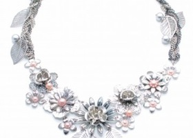 Burnish Silver Flower with Leaf Necklace