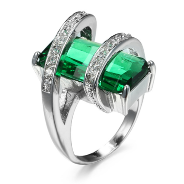Estate Modernist 3CTW Genuine Emerald Cut green Topaz Ring