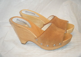 NWOT Michael Kors Open Toe Wedges Size 7.5