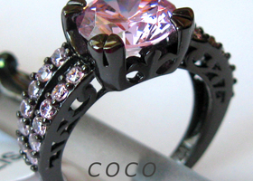 size 6/7/8/9/10 Elegant CZ Black Gold Plated Ring