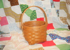 2002 Longaberger Small Fruit Basket