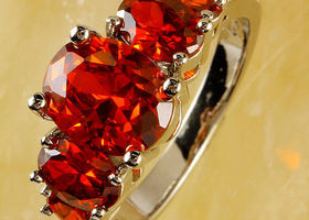 Gorgeous Oval Shaped Deep Red Ring