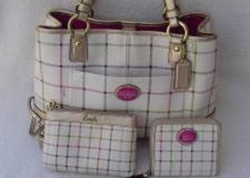 COACH HERITAGE TATTERSALL CARRYALL, WALLET AND WRISTLET