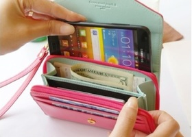 NEW Crown Leather Wallet IPhones 4,4s,5,5g
